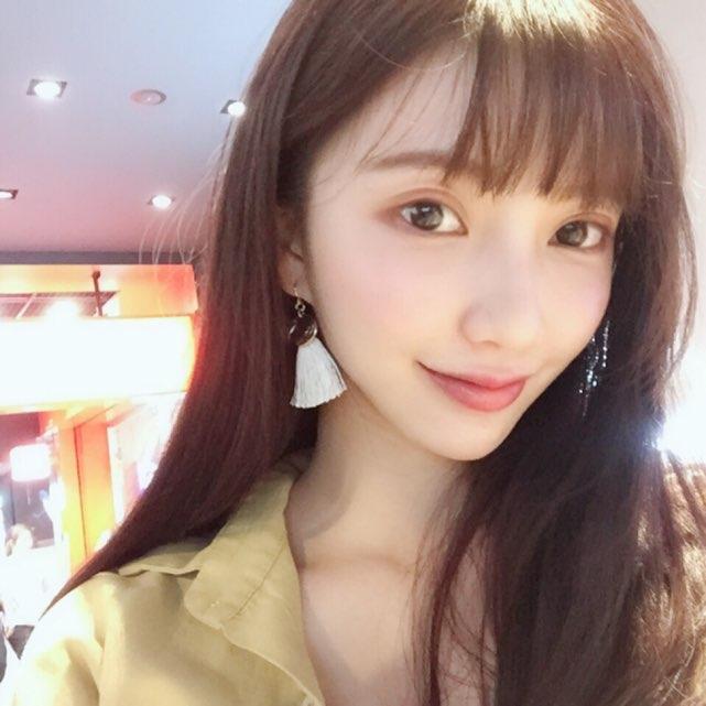 苡恩Aiu live stream on 17.live
