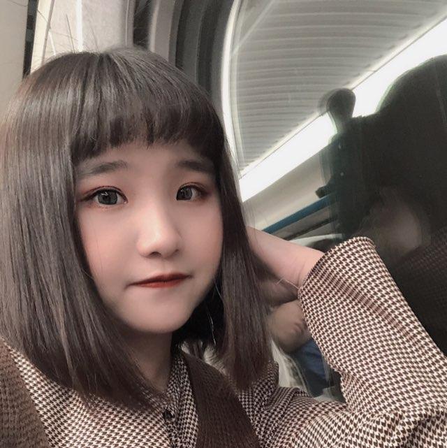 Nicole妮可貝貝(17.live)