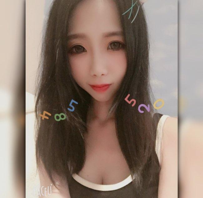 小Hebe🦄(17.live)
